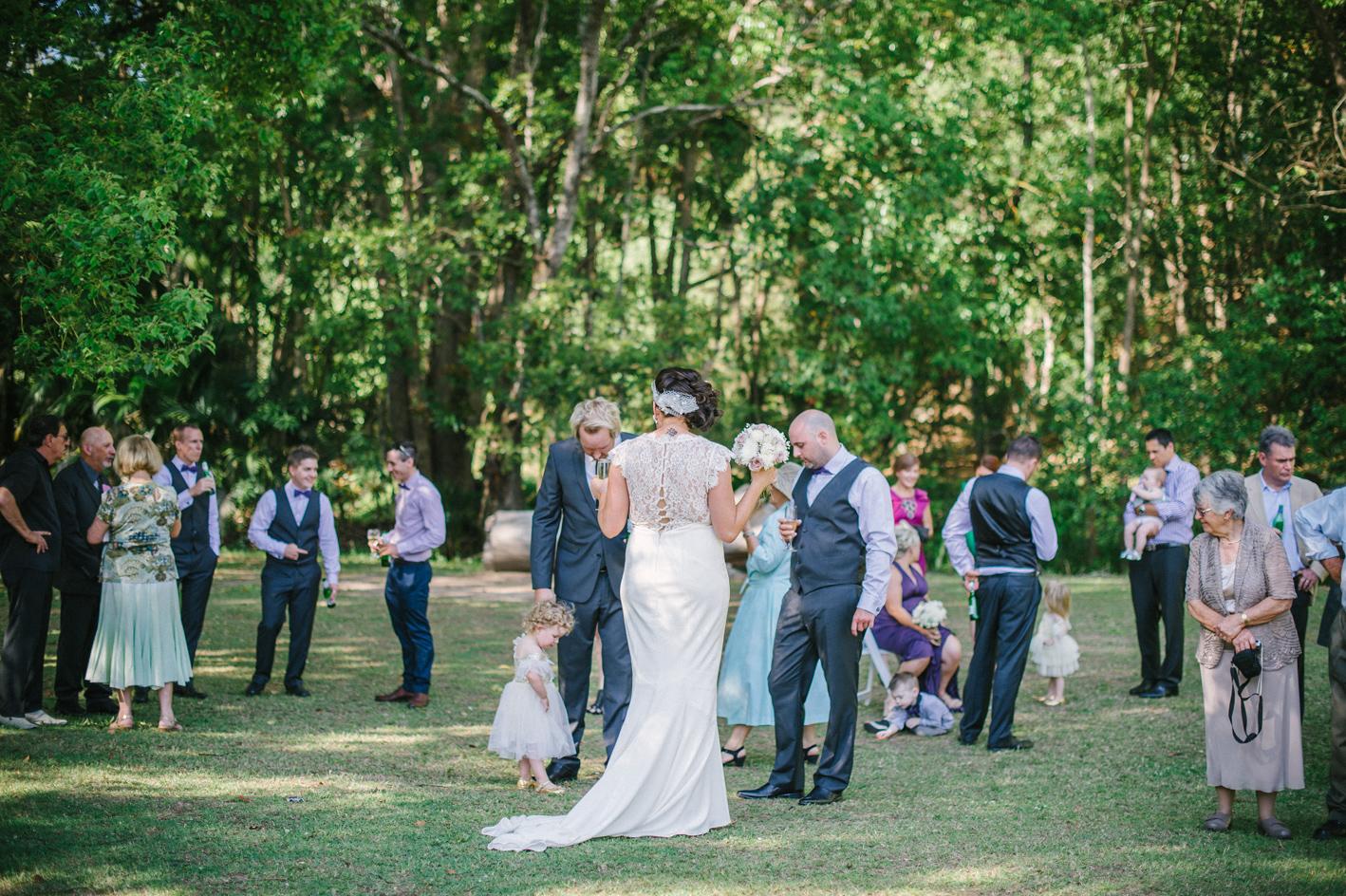 045-hannah-daniel-boomerang-farm-wedding-sophie-baker-photography