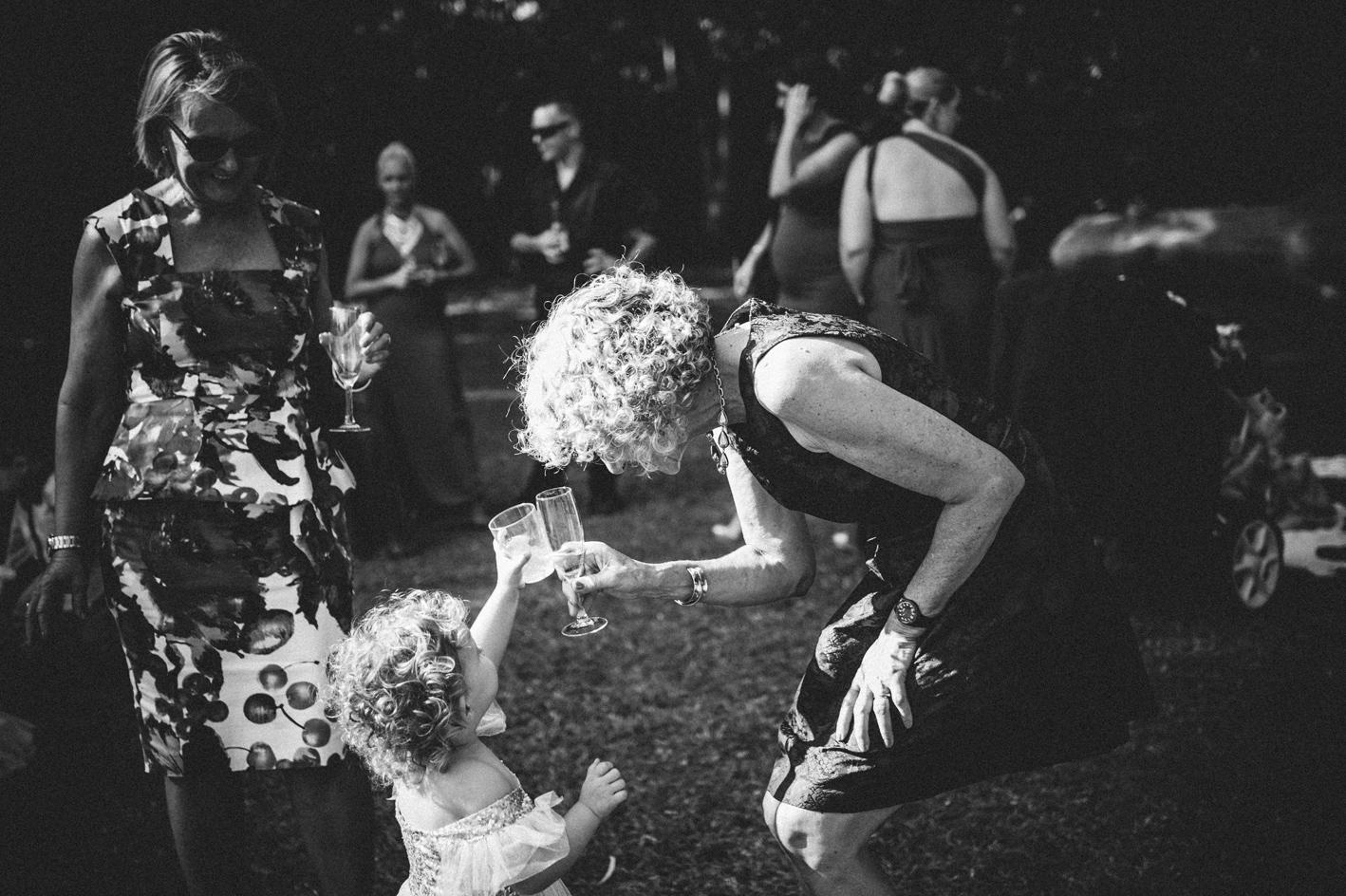 047-hannah-daniel-boomerang-farm-wedding-sophie-baker-photography