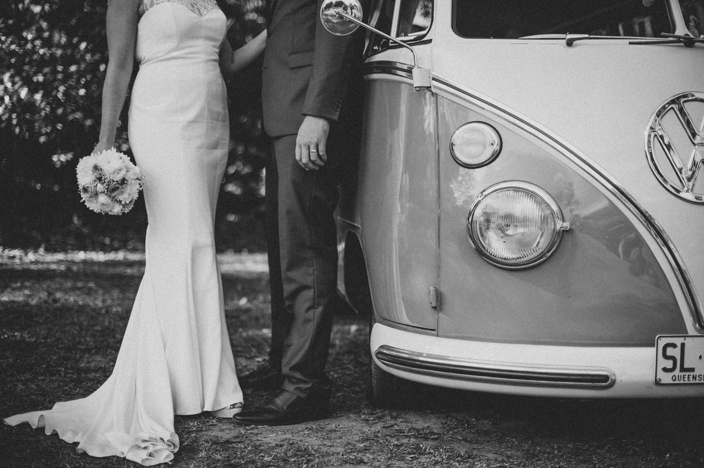 051-hannah-daniel-boomerang-farm-wedding-sophie-baker-photography