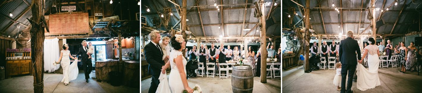 091-hannah-daniel-boomerang-farm-wedding-sophie-baker-photography