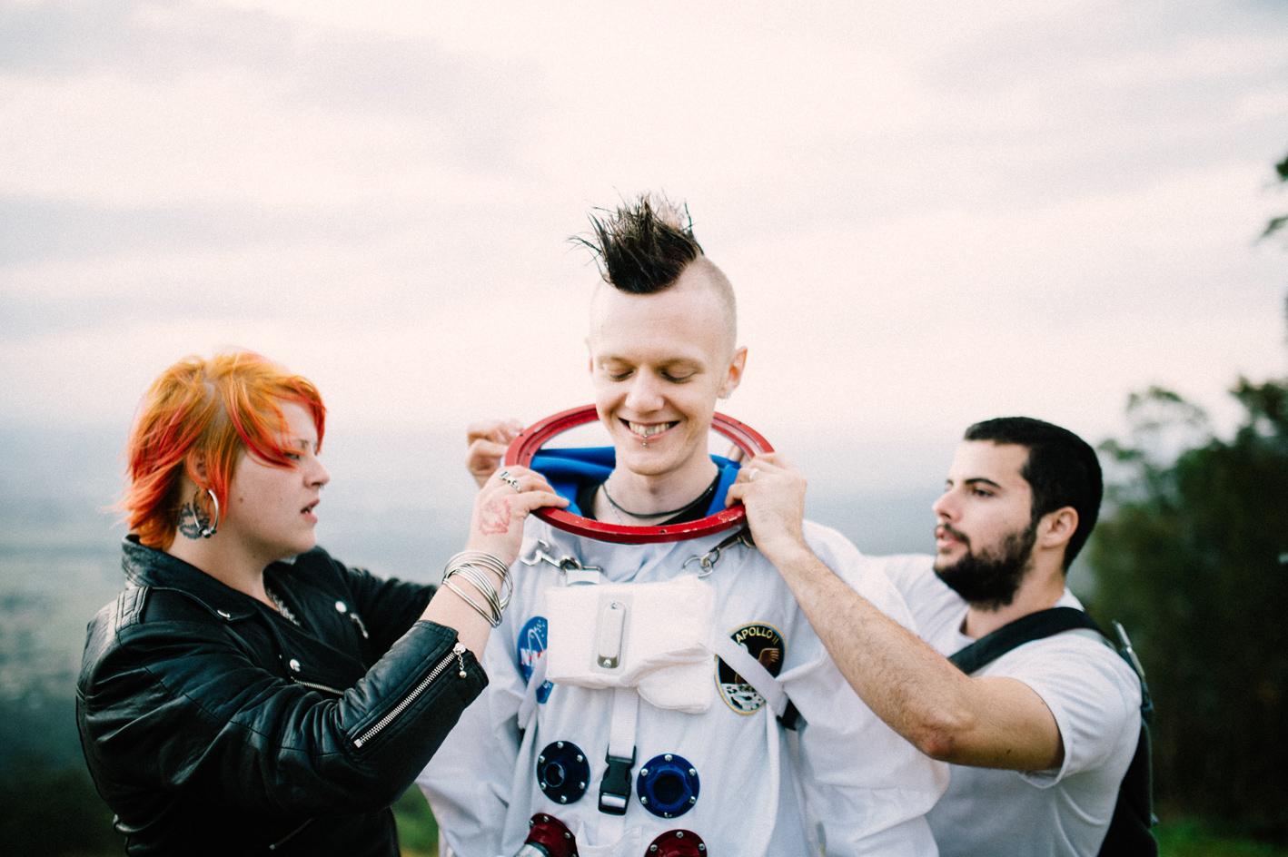 031-astronaut-amy-craig-mount-tamborine-sophie-baker-photography