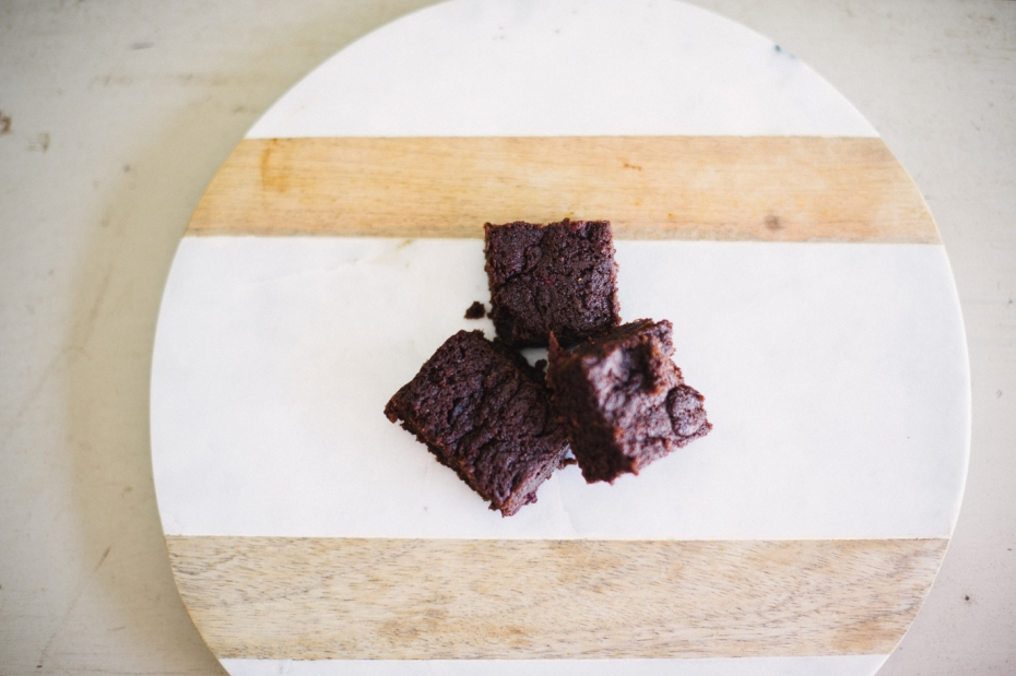 003-flourless-chocolate-brownies-sophie-baker-photography