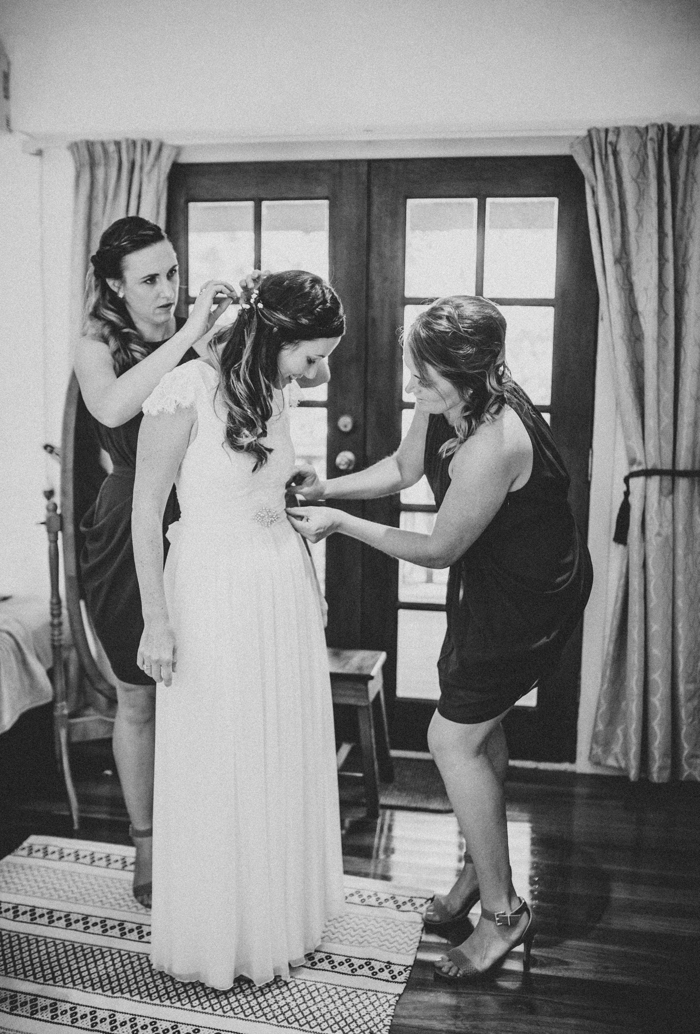 009-michelle-reagan-mount-tamborine-wedding-sophie-baker-photography