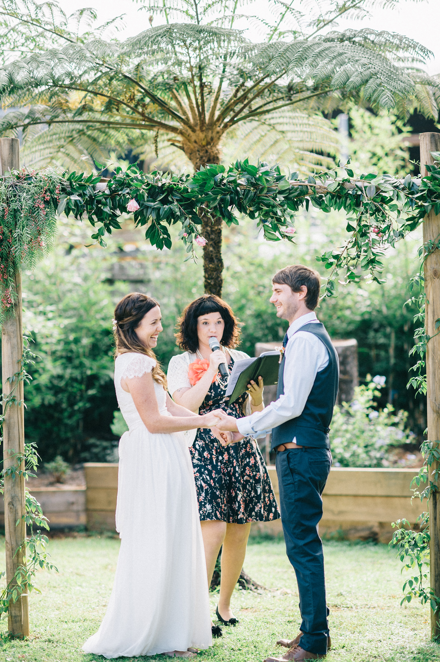 027-michelle-reagan-mount-tamborine-wedding-sophie-baker-photography