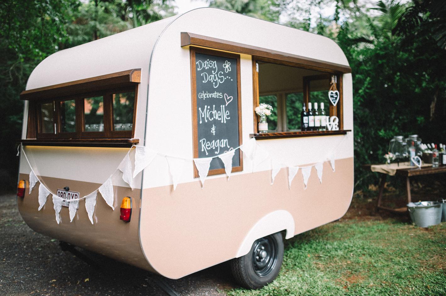 071-michelle-reagan-mount-tamborine-wedding-sophie-baker-photography