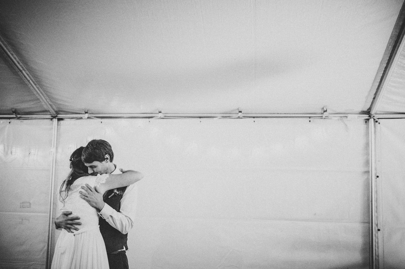 093-michelle-reagan-mount-tamborine-wedding-sophie-baker-photography
