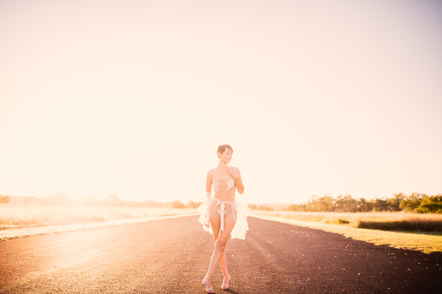 010-tanya-clint-jimbour-station-sophie-baker-photography
