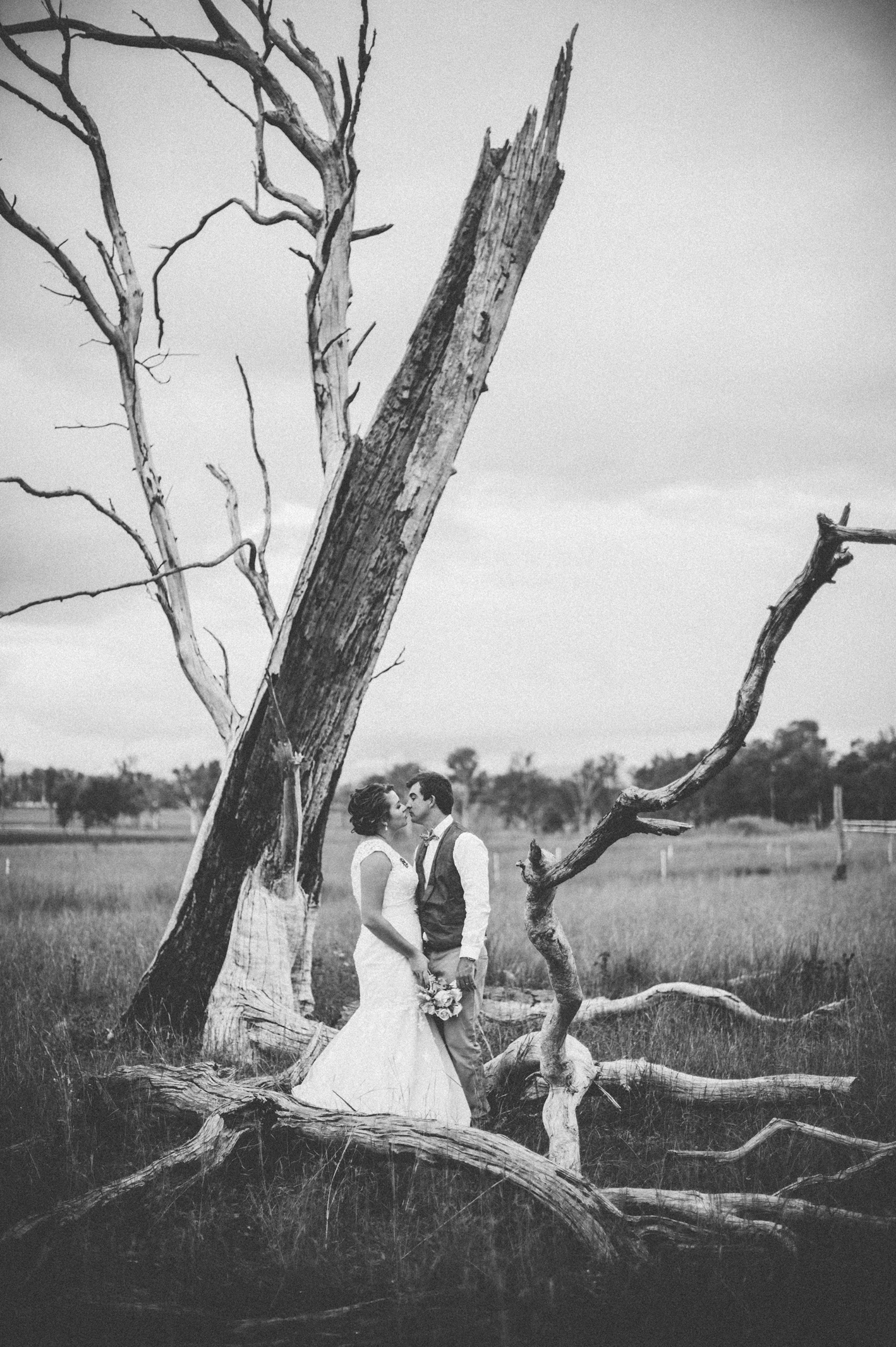 082-kayla-james-beaudesert-wedding-sophie-baker-photography