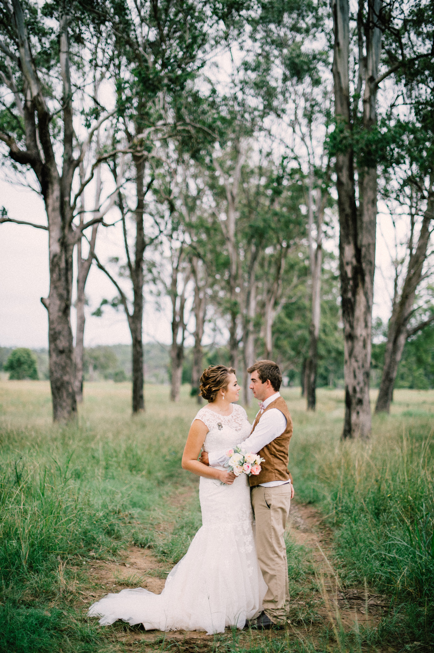 085-kayla-james-beaudesert-wedding-sophie-baker-photography