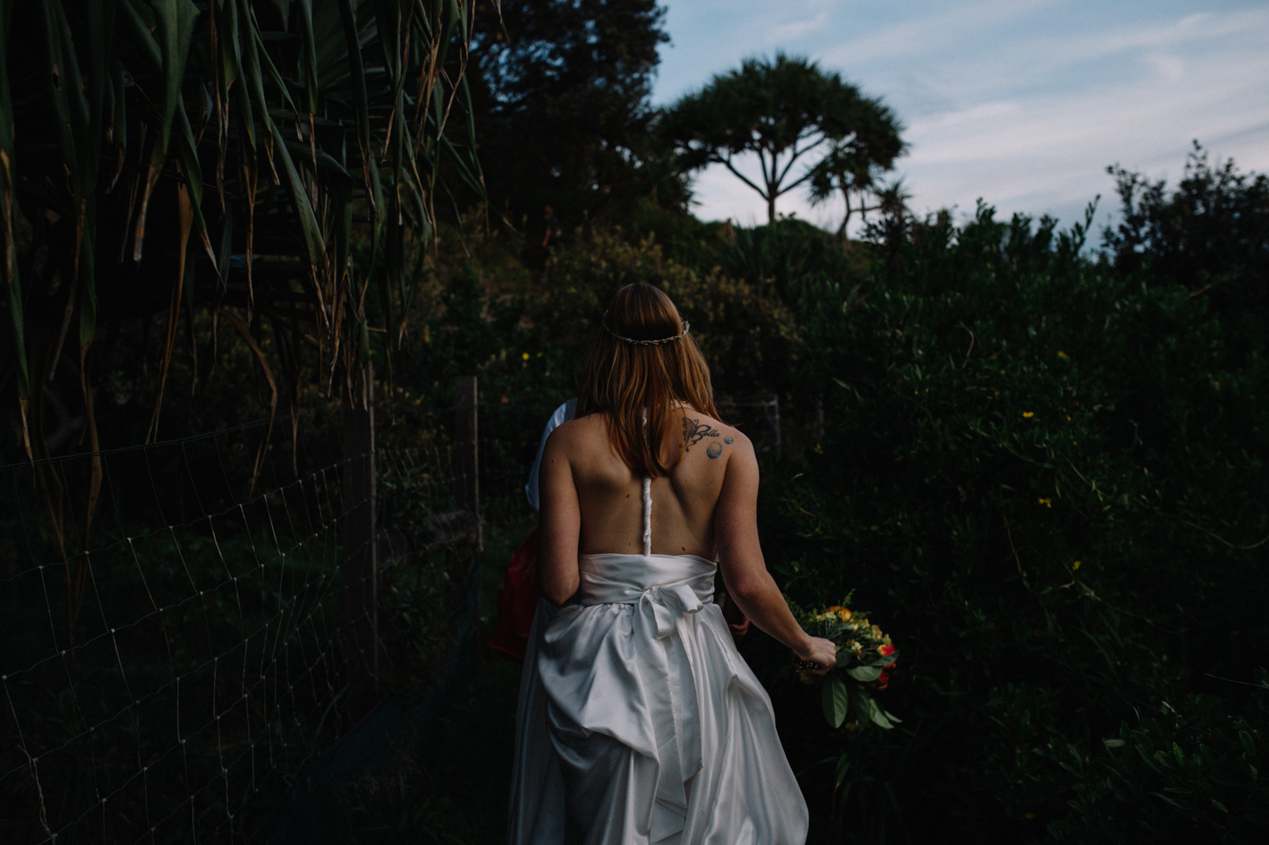 001-jewli-joshu-trash-the-dress_sophie-baker-photography