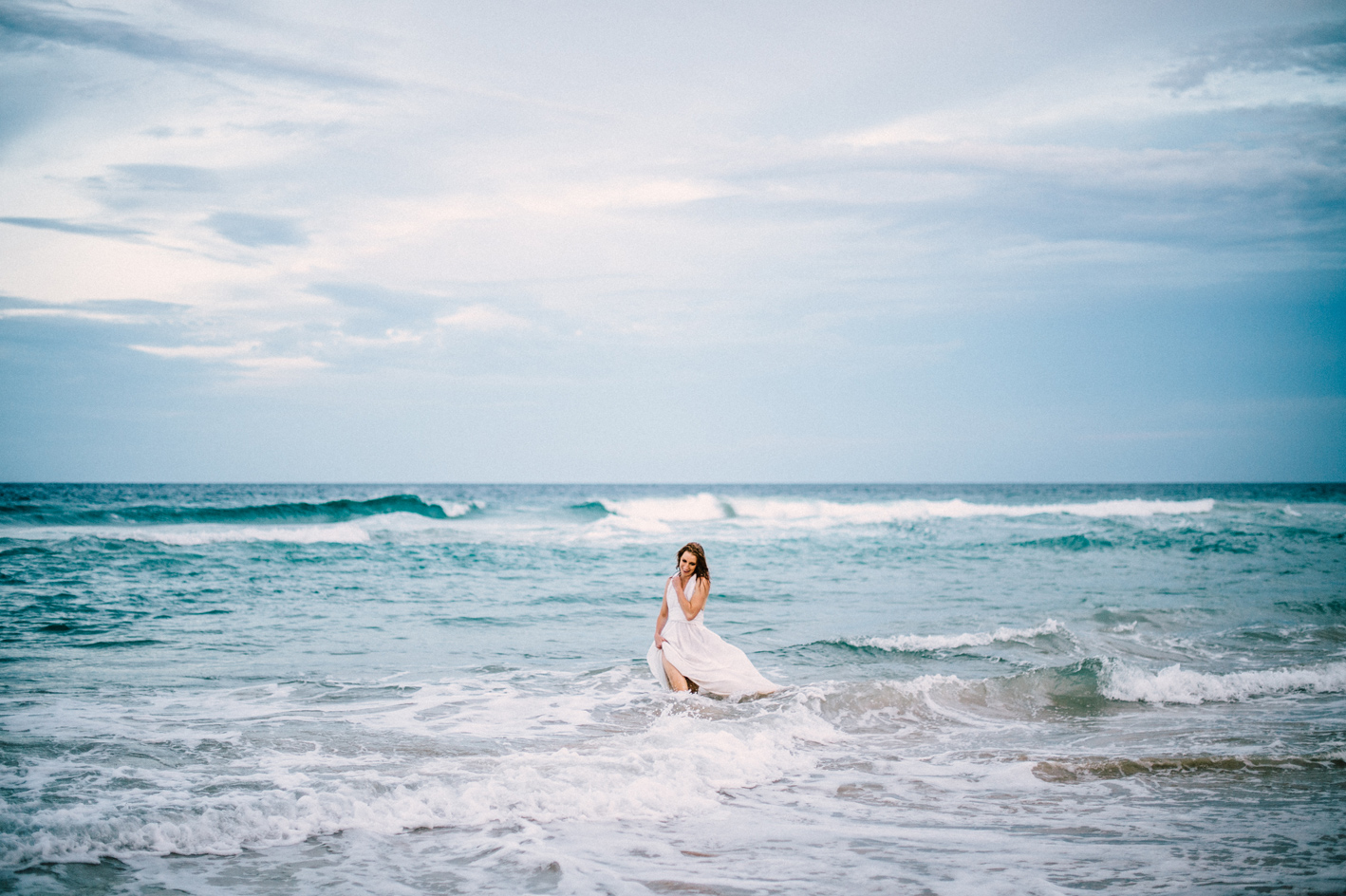 019-jewli-joshu-trash-the-dress_sophie-baker-photography