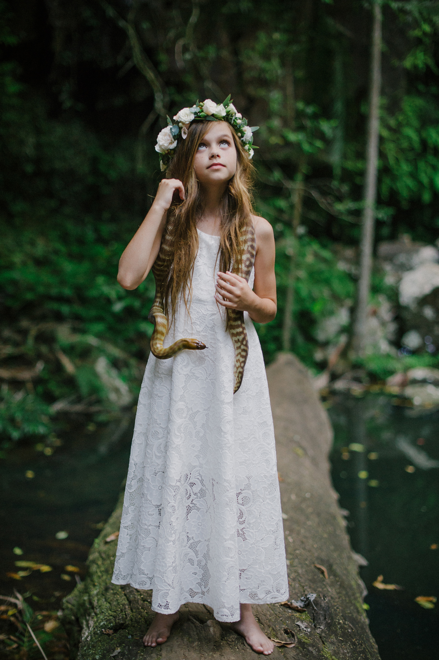 005-python-flowers_crown-of-eden_sophie-baker-photography